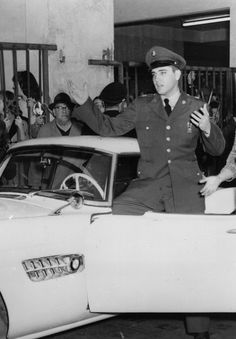♡♥Elvis 23 on Dec 21st,1958 in Germany with the BMW 507 sports car he had just bought♥♡