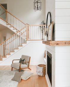 An open staircase is a great way to make your space feel bigger without adding any square footage. Open Staircase, Stairs, Casual Mom Style, Simple Living, Entryway, Design Ideas, Decor Ideas, Homes, Living Room