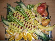 obložené mísy ovocné - Hledat Googlem Pasta Salad, Fruit, Ethnic Recipes, Food, Meal, The Fruit, Essen, Cold Noodle Salads, Hoods