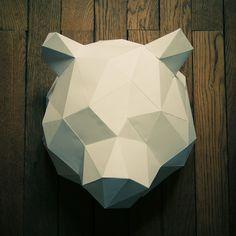 Trophée de chasse Ours en papier carton - 35 cm - Blanc : Décorations murales par les-trophees-en-papier