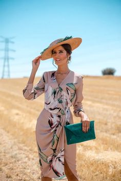 Classy Dress, Classy Outfits, Stylish Outfits, Beautiful Outfits, Elegant Dresses For Women, Cute Dresses, Casual Dresses, Fitted Dresses, Fall Dresses
