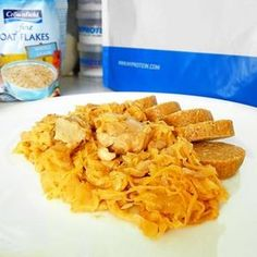 Fitness segedínský guláš - zdravý recept Bajola Home Workout Equipment, Tiramisu, At Home Workouts, Healthy Recipes, Healthy Food, Workout Programs, Food And Drink, Low Carb, Chicken