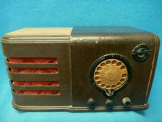 Vintage Wood Tube Radio with Magic Eye and Finger Dial VR | eBay