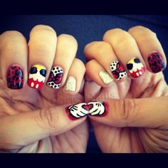 Mickey and Minnie Mouse nails Funky Nails, Love Nails, How To Do Nails, Fabulous Nails, Gorgeous Nails, Pretty Nails, Disney Nail Designs, Cute Nail Designs, Mickey Mouse Nails