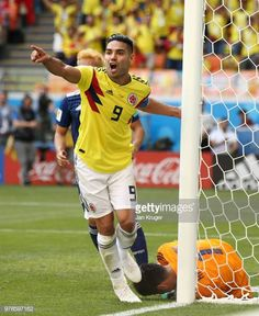 Radamel Falcao of Colombia celebrates after teammate Juan Quintero scores their sides first goal during the 2018 FIFA World Cup Russia group H match. World Cup 2018, Fifa World Cup, Football Soccer, Football Players, Carlos Valderrama, Fifa 20, European Football, Goalkeeper, Kicks
