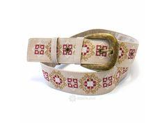 Béžový vyšívaný pásek Hvězda. Lněný vyšívaný pásek se sponou Belt, Accessories, Fashion, Belts, Moda, Fasion, Trendy Fashion, La Mode, Jewelry