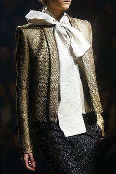 Gold jacket / Lamé / Bow / Haider Ackermann