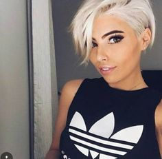 Blonde Pixie Cut - 90 Classy and Simple Short Hairstyles for Women over 50 - The Trending Hairstyle Short Hairstyles For Women, Hairstyles Haircuts, Pixie Haircuts, Blonde Hairstyles, Wavy Pixie Haircut, Grey Haircuts, Textured Hairstyles, Edgy Short Haircuts, Undercut Hairstyles Women