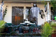 Halloween decorations : IDEAS & INSPIRATIONS  Best Halloween PorchDecorations
