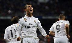Segundo informações dojornal Daily Express, Cristiano Ronaldoestá conversando com o Manchester United, e remuneração anual oferecida poderia torná-lo o jogador mais bem pago