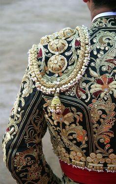 "Genuine matador ""Suit of Light"" (Traje de luces) with shoulder ""chaquetillas"" Folk Costume, Costumes, Tribal Costume, Matador Costume, Lesage, Textiles, Passementerie, Gold Work, High Fashion"