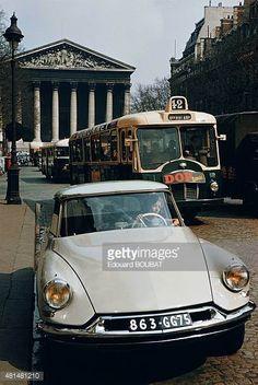 Citroen DS 19 / La Madeleine rue Royale Paris France