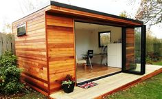 Garden room office Whether used for an office, music room or just to entertain in, the possibilites for a garden room are endless! By Contemporary Garden Rooms. Backyard Office, Backyard Studio, Garden Studio, Garden Office, Outdoor Buildings, Garden Buildings, Outdoor Rooms, Outdoor Living, Man Cave Shed