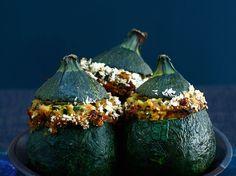 Découvrez la recette Courgette ronde farcie à la viande hachée sur cuisineactuelle.fr.