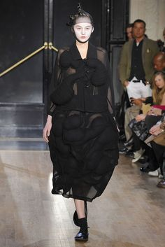 Comme des Garçons Fall 2010 Ready-to-Wear - Collection - Gallery - Style.com