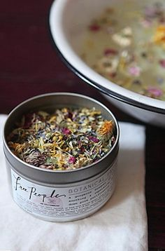 bouquet of vibrant, balancing, soothing, and reparative botanicals for deep sown pore purification and cellular hydration http://rstyle.me/n/tyjxhr9te