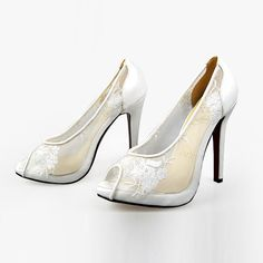 My Favorite Style,Christian Louboutin Nets White Flowers Pumps-140