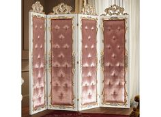 Baroque screen 11601 Villa Venezia Collection by Modenese Gastone group Villa Venezia, the collection by Modenese Gastone - Luxury Classic Furniture, has been created on the pursuit of elegance and perfection, together with the sense of the pure 'Made in Italy' style.