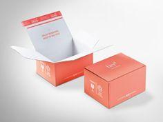 Ein charmanter Gruß überrascht den/die EmpfängerIn beim Öffnen dieser Box. ColomPac® Blitzbodenkarton CP 151 innen und außen in Flexo bedruckt. Klimaneutral produziert und FSC®-zertifiziert. • #Dinkhauser #colompac #offset #packaging #wellpappe #nachhaltig #plasticfree #keinplastik #klimaneutral #recycling #ecommerce #onlineshops #beautyshop