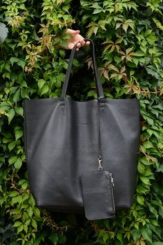 ☛ FREE SHIPPING WORLDWIDE ☛ FINAL SALE!   Not Only Tote  Simple in its shape, practical and with an elegant attitude. This bag is professionally made