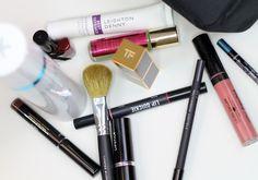 Vor jedem Urlaub die gleiche Frage: Welche Beauty-Produkte packe ich ein? Lynne gibt Tipps.