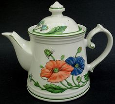 Villeroy & Boch Germany Teapot 4 Cup Size Amapola Pattern  ...   19 plates, some footed serving bowls