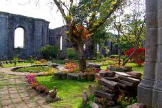 Interior de las Ruinas de Santiago Apóstol, Cartago Centro