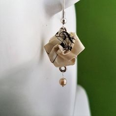 Recycled music paper origami drop earrings gift for music lover, Victorian style eco-friendly jewellery paper anniversary present, clip-on Dainty Earrings, Rose Earrings, Vintage Earrings, Vintage Sheet Music, Vintage Sheets, Sheet Music Flowers, Origami Jewelry, Music Paper, Vintage Headbands