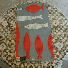 Vintage VERA Neumann FISH Print Linen Tea Towel Dishtowel Unused