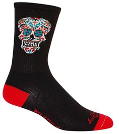 Lightweight black crew socks with an ornate sugar skull. Fits men's shoe size 9-13. El Dia socks are made with 75% Micro-Denier Acrylic, 15% Nylon, 10% Spandex.