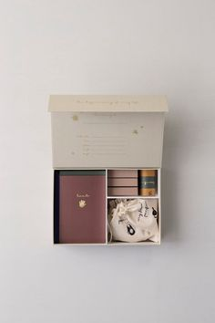 AMM blog: A simple memory box to document all your child's firsts