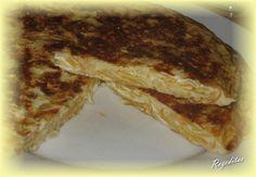 Tortilla de nabos y cebolla. Tortillas, Sandwiches, Food, Onion, Potatoes, Cooking, Mince Pies, Essen, Meals