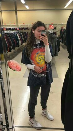 66 Outstanding Grunge Outfits Ideas For Women 66 idées de tenues grunge exceptionnelles pour les femmes outfits Edgy Outfits, Mode Outfits, Fashion Outfits, Hipster Outfits, Layered Outfits, Vintage Outfits, Retro Outfits, 90s Fashion Grunge, Look Fashion