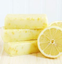 DIY: Homemade Lemon Soap - made from goat's milk soap, available at craft stores & lemon oil & peel. Sugar Scrub Homemade, Homemade Soap Recipes, Homemade Gifts, Goat Milk Recipes, Lemon Soap, Soap Tutorial, Body Soap, Goat Milk Soap, Home Made Soap