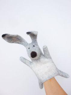 the hare hand puppet wet felted di bibabo su Etsy, Glove Puppets, Felt Puppets, Puppets For Kids, Nuno Felting, Needle Felting, 3d Figures, Puppet Making, Felt Toys, Felt Art