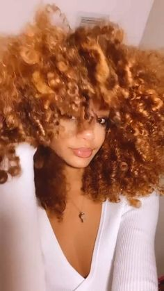 Curly Ginger Hair, Ginger Blonde Hair, Curly Afro Hair, Curly Hair Styles, Natural Hair Styles, Baddie Hairstyles, Black Women Hairstyles, Pretty Hairstyles, Girl Hairstyles