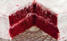 http://yemek.com/tarif/kirmizi-kadife-kek/#.WCWAuPmLTIU | Red Velvet (Kadife Dokulu, Kırmızı) Pasta Tarifi