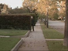 Halloween - Michael Myers. This shot is soooo scary