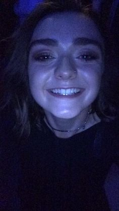So @Maisie_Williams from #GameofThrones took a selfie on my sisters phone last night. Proud of you @MaisieMelon (x)