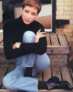 "Christy Turlington by Pamela Hanson / 1990 ""Elle"" US  Pamela Han"