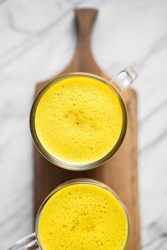 This warming and lightly sweetened golden milk ghee latte is packed with nutrients from turmeric, cinnamon, ghee, almond butter, and collagen. Quick Healthy Breakfast, Diabetic Breakfast, Flour Recipes, Milk Recipes, Ghee Coffee, Turmeric Milk, Turmeric Recipes, Golden Milk