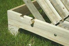Palettes recyclées - chaise longue (détail réglage dossier)
