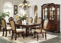7 Pc St Nicholas I in a Cherry Wood Finish Rectangular Dining