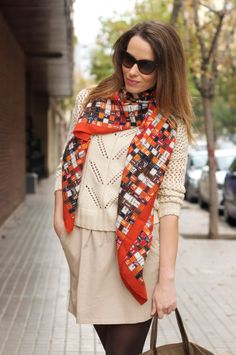 Wearing your Hermes scarf so chic, so stylish, OOTD S habiller Avec Un 446d03e9c8a