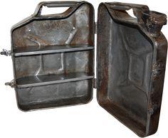 Schränke : Wandchrank aus altem Benzinkanister