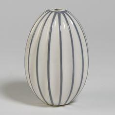Global Views Ribbed Egg Vase