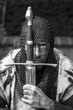 Be without fear in the face of your enemies. Be brave and upright that God may love thee. Speak the truth always, even if it leads to your death. Safeguard the helpless and do no wrong. Kingdom of Heaven.Holy Warrior by Medieval Knight, Medieval Armor, Medieval Fantasy, Armadura Medieval, Knight In Shining Armor, Knight Armor, Crusader Knight, Arm Armor, Chivalry