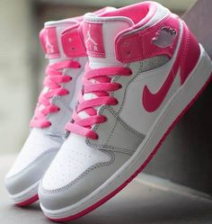 Nike Air Jordan 1 Mid Flex Girls