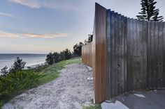Fox Johnston enlivens Sydney beachfront with curvy Cook Park Amenities Innovative Architecture, Architecture Awards, Architecture Details, Outdoor Toilet, Garden Pavilion, Metal Siding, Public, Toilet Design, Design Strategy
