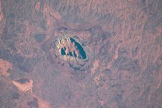 Uluru (Ayers Rock), Australia, from #ISS, Jan 10, 1000-mm